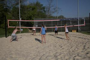 simmons-volleyball2